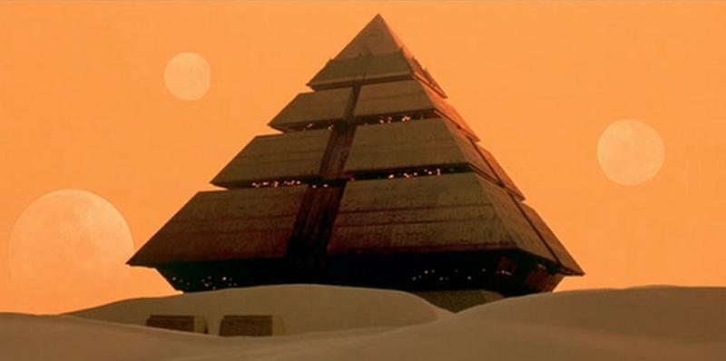 Pyramid_ship.JPG